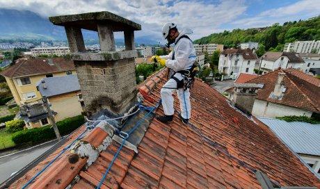 Professionnel pour réaliser l'encadrement de salariés qui interviennent en toiture à Aix-les-Bains